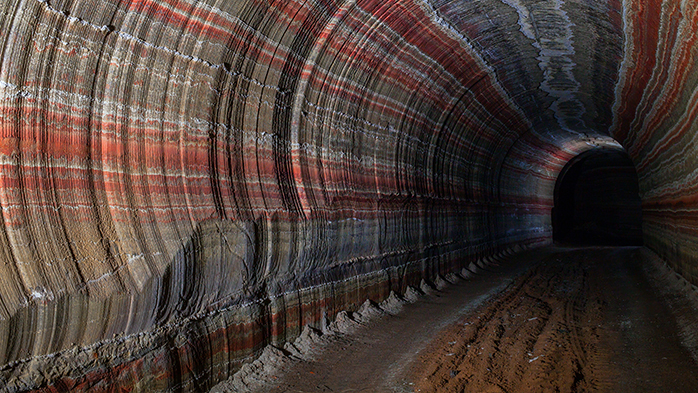 CRUs-visit-to-key-potash-mines-in-China